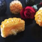 金沙奶黄流心月饼