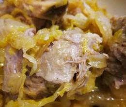 东北酸菜排骨