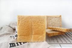 橄榄油黑麦吐司面包