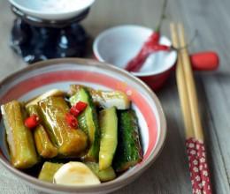 酱黄瓜:拌粥小菜