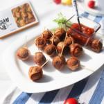 咖喱鸡肉丸配草莓酱