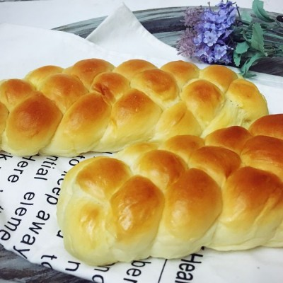酸奶辮子面包