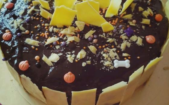 可可淋面慕斯蛋糕