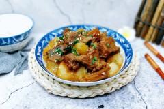 白萝卜炖牛腱子肉
