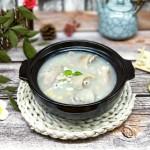 黄豆薏米猪脚汤