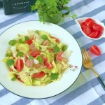 減肥早餐-果蔬香腸沙拉