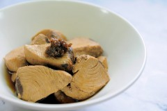 日式紅燒:鮪魚角煮