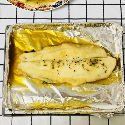 烤箱迷迭香烤龙利鱼