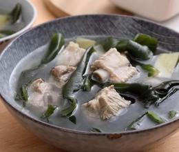 不用鸡精,原味就鲜美无比——排骨海带汤