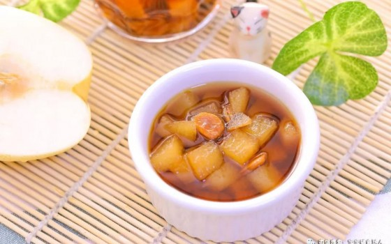 寶寶輔食食譜-羅漢果雪梨湯