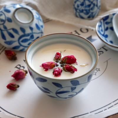 玫瑰牛奶炖花胶