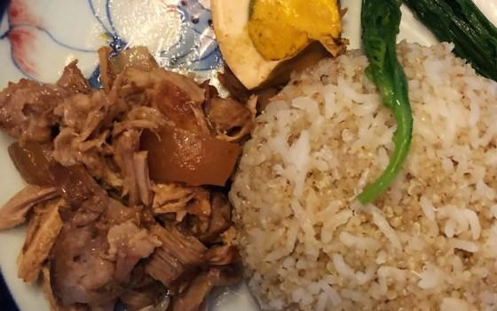 卤肉藜麦饭
