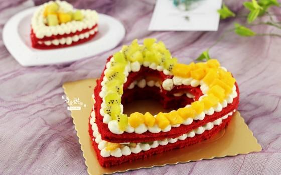 5.20专属——心心相印水果蛋糕