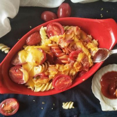 夏日輕食-番茄培根芝士焗面