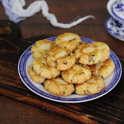 椰蓉黑加侖酥餅