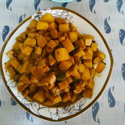 杏鲍菇土豆鸡块