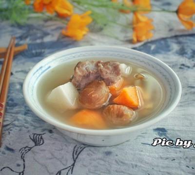 栗子紅薯淮山豬骨湯