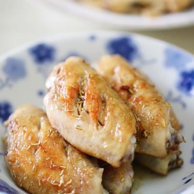 迷迭香煎鸡中翅:快手好吃到不知所措