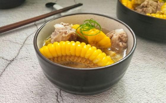 清甜排骨玉米汤