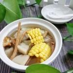 玉米莲藕大骨汤