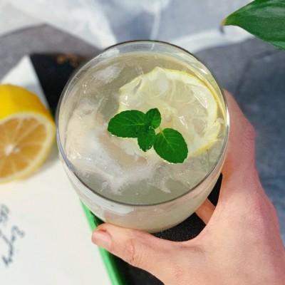 养胃解渴神器-荔枝柠檬苏打