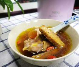 杜仲党参乳鸽汤