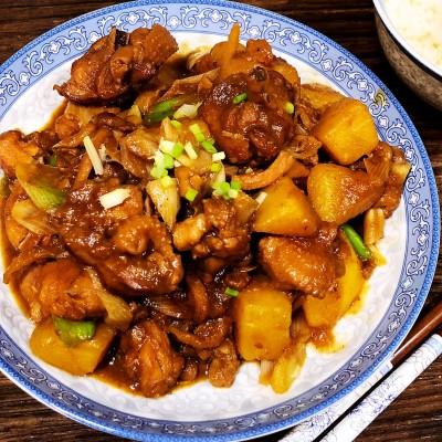 家常菜紅燒土豆雞塊