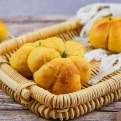 这个冬天怎么少得了这款--南瓜面包