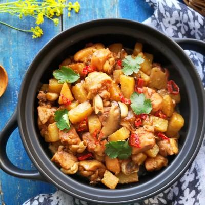 吃货研究院参赛作品-土豆香菇焖鸡