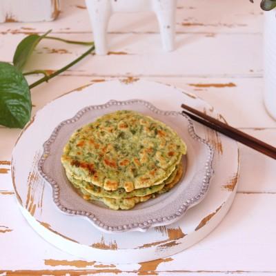 芹菜叶不要扔,做成小饼营养丰富&宝宝爱吃