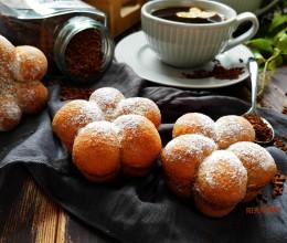 咖啡花朵小面包