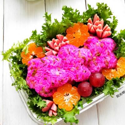 #《風味人間》美食復刻大挑戰#酸黃瓜花朵便當