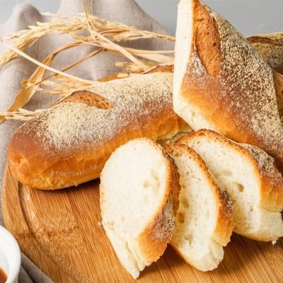 牛奶咸面包