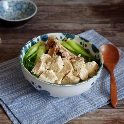 雞湯青菜燉凍豆腐