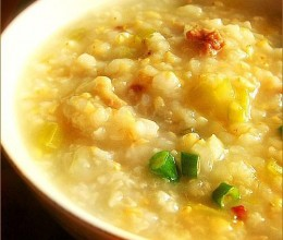 糙米芹菜肉末粥
