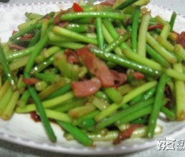 培根炒蒜苔