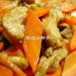 胡萝卜炒剔骨肉