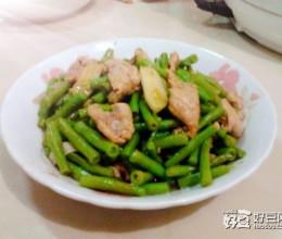 长豆角炒肉片