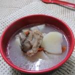 山药莲子筒骨汤