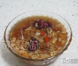枣杞醪糟鸡蛋汤
