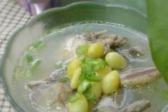 白果鹌鹑汤