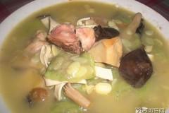 丝瓜菌菇汤