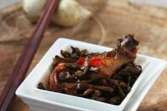 干豆角炖土鸡