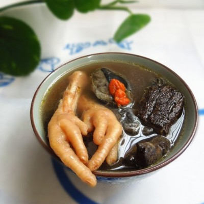 杜仲乌鸡汤