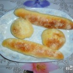 松软黄金圆面包