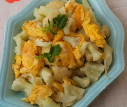 鸡蛋炒菜花