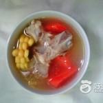 胡蘿卜玉米龍骨湯