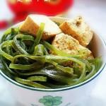 高汤海带冻豆腐