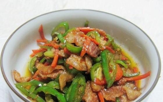 青椒炒五花肉