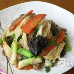 青蒜炒腐竹皮